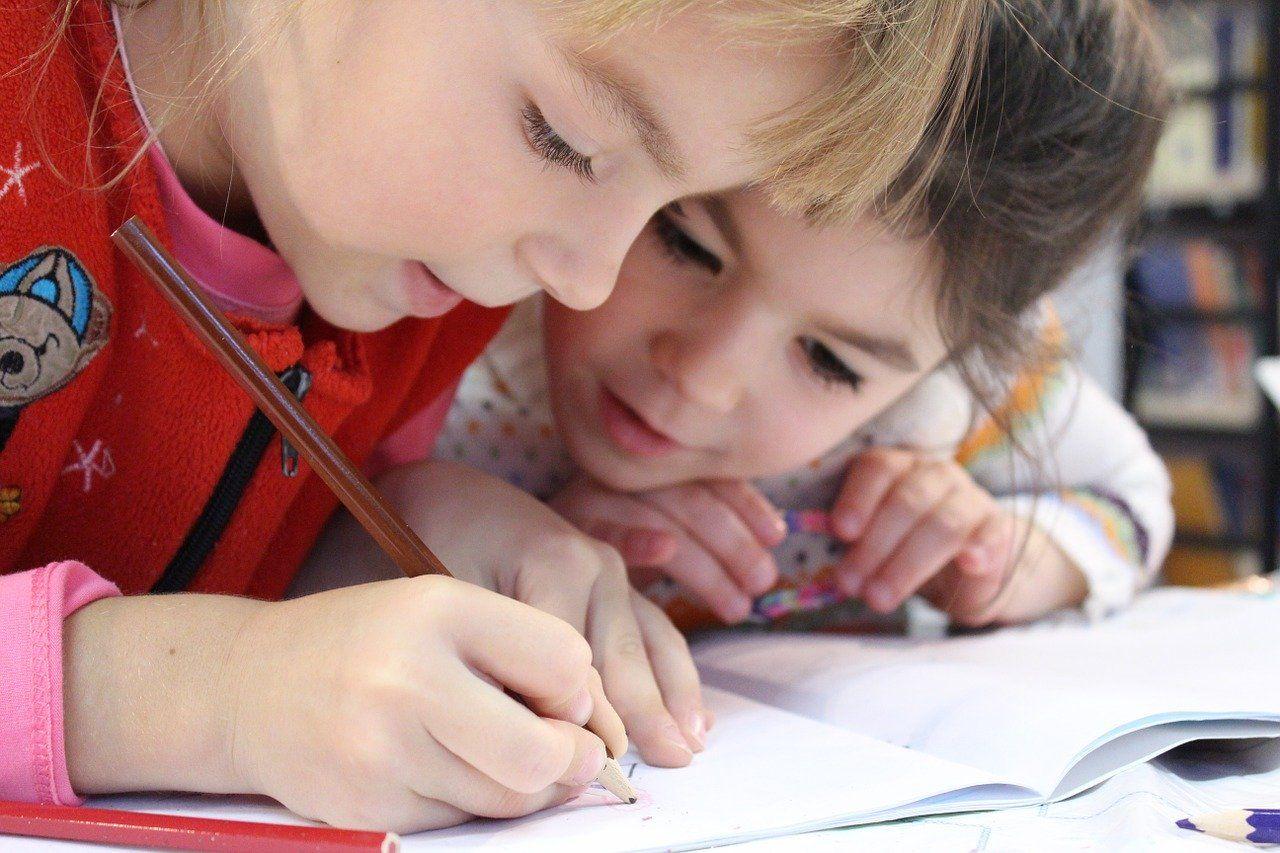 Kinder und Jugendliche für die Familienforschung begeistern